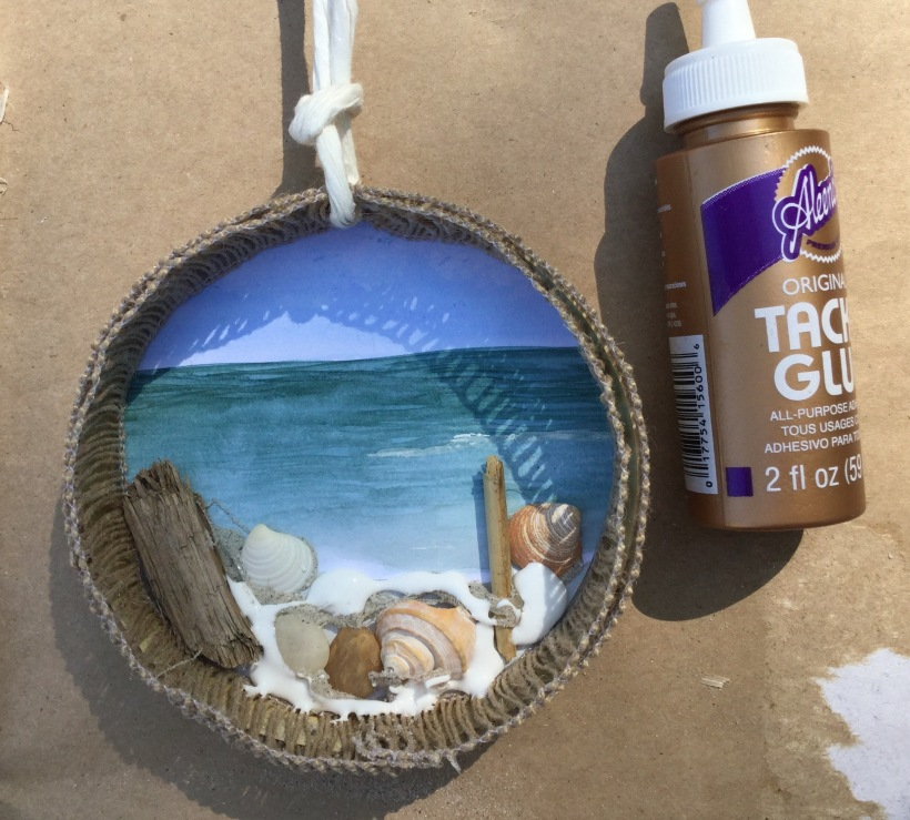 Beach diorama craft with DIY steps http://wp.me/p4cmnl-15e
