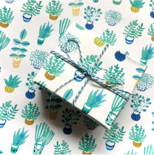 Interview with Yuko Miki of Honeyberry Studios on becoming a Full Time Artist | Gift Wrap