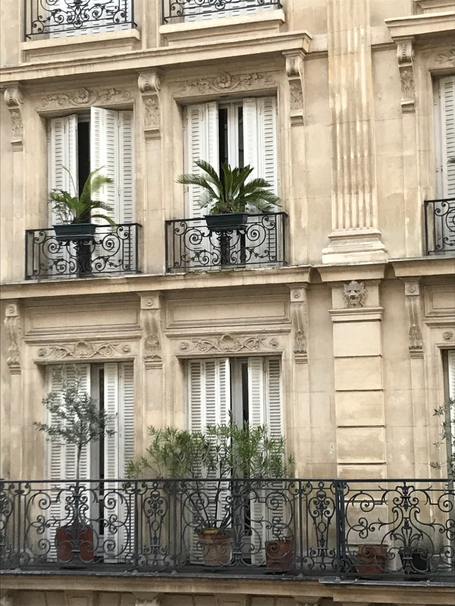 Building in Paris France Windows Balcony Wrought Iron | Let's Paint Paris in Watercolor